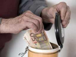 Привычки бедных людей, которые преграждают путь к богатству